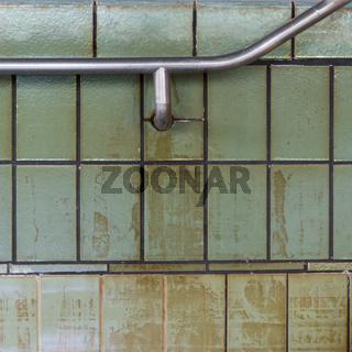 Detail eines Schwimmbeckens in einem Alten Thermalsolebad in Bad Soden