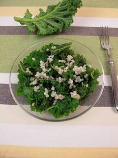 Gruenkohlsalat mit Graupen