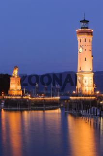 Hafen mit Leuchtturm von Lindau