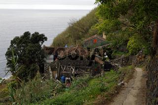 Ländliche Idylle von Rocha Relva an der Südküste von Sao Miguel, Azoren