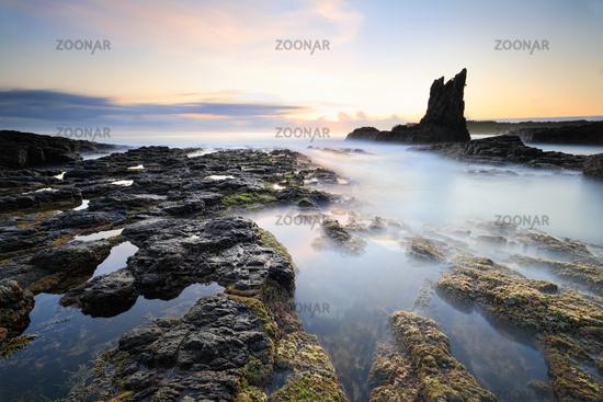 Pillars of Earth Cathedral Rock, Kiama