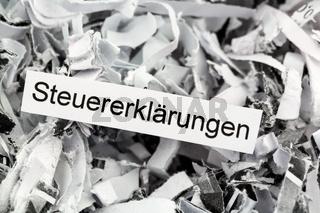 Papierschnitzel Steuererklärungen