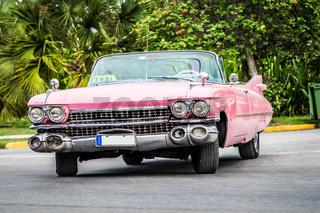 Pink Cadillac Cabriolet in Varadero Kuba
