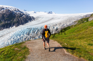 Hike in Exit glacier