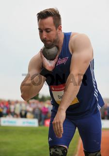 Kugelstoßer Tobias Dahm VfL Sindelfingen beim 10. Solecup Leichtathletik 26.6.15 in Schönebeck/Elbe