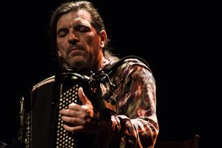 Bratsch, Die letzte Tournee, Francois Castiello