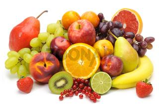 Frisches Obst auf Teller