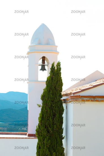 White, Romantic , latin american church