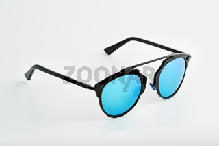 Stylish glasses with blue tinted mirror