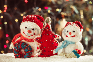 The Knitted snowmen