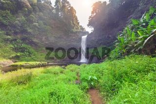 Tad E Tu Waterfall