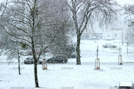 Snow showers - Car
