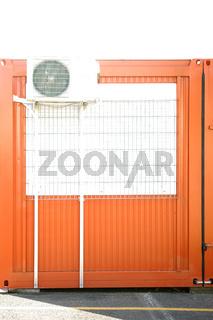 Baucontainer mit Lüfter