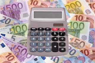 Taschenrechner mit Euro Geldscheine