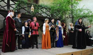 Laiendarsteller der 'Agnes Bernauer Festspiele'