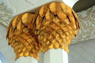 Abu Dhabi, Gold in der Scheich Zayed Bin Sultan al Nahyan Moschee