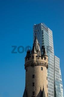 Nexttower und Eschenheimer Turm, Frankfurt