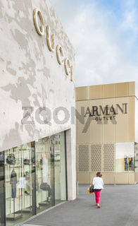 gucci, armani outlet