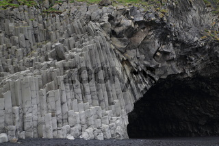 Basaltsäulen Reynisdrangar, Island