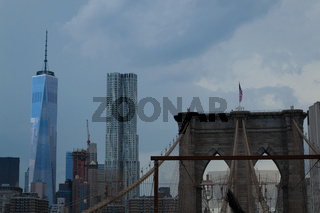 Crossing the bBrooklyn bridge before a storm