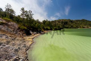sulphurous lake - danau linow indonesia