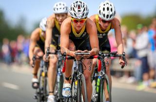Carina Brechters (Stadtwerke Team Witten), EJOT Triathlon Buschhütten 2015 - Triathlon Bundesliga 2015, 10.05.2015