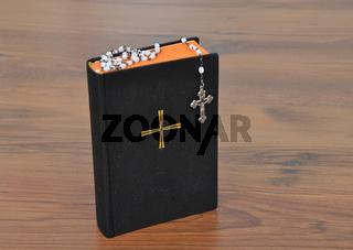 Gebetbuch und Rosenkranz - Prayer book with chaplet