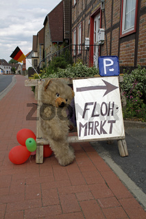 Flohmarkt Hinweisschild