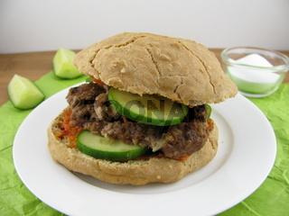Hamburger mit Sodabroetchen