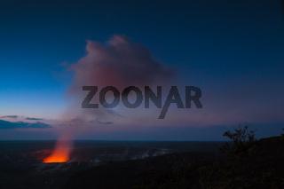 Starry night photos of erupting volcano in Hawaii Volcanoes National Park