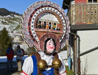 Rollenweib, Silvesterchlausen am Alten Silvester, Urnäsch. Schweiz