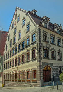 Ehemalige Kronen-Apotheke, Leubehaus