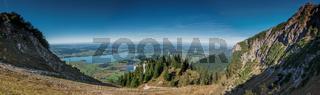 Panorama-Blick auf den Bannwaldsee