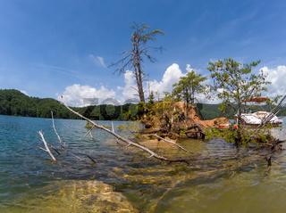 boating around lake jocassee south carolina