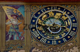 Ulm, astronomische Uhr am Rathaus