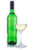 Wein Flasche Glas Weinflasche Weinglas grün Weißwein Weisswein freigestellt Freisteller