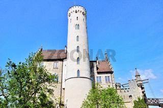 Schloss Lichtenstein Schwäbischen Alb.jpg
