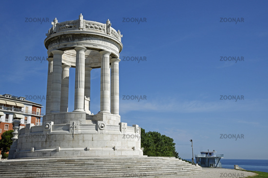 War memorial, Passetto, Ancona, Italy, Europe