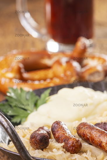 Nuremberg sausages with sauerkraut