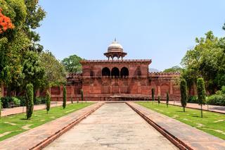 Side Wall Building of Taj Mahal with garden square. UNESCO World Heritage in Agra, Uttar Pradesh, India