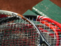 Net on a tennis racket