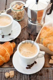 Tasse mit frischem Kaffee