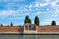 Blick auf die Insel San Michelle bei Venedig in Italien
