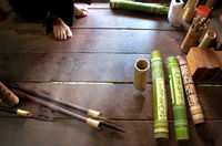 Making ornate bamboo quiver for blowpipe darts on Borneo
