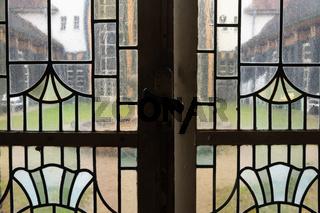 Jugendstilfenster in der Kuranlage Sprudelhof Bad Nauheim