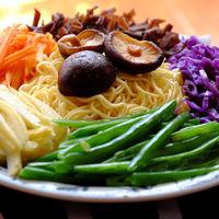 Raw materials vegetables noodles
