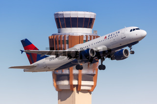 Delta Air Lines Airbus A320 airplane Phoenix airport
