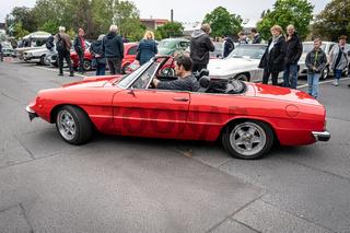 Roadster Alfa Romeo Spider.
