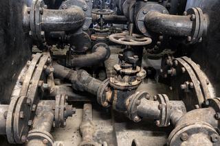 Rohrsystem und Kessel für Thermalwasser