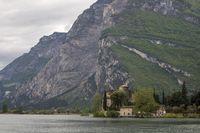 Wasserschloß Toblino im Trentino Italien